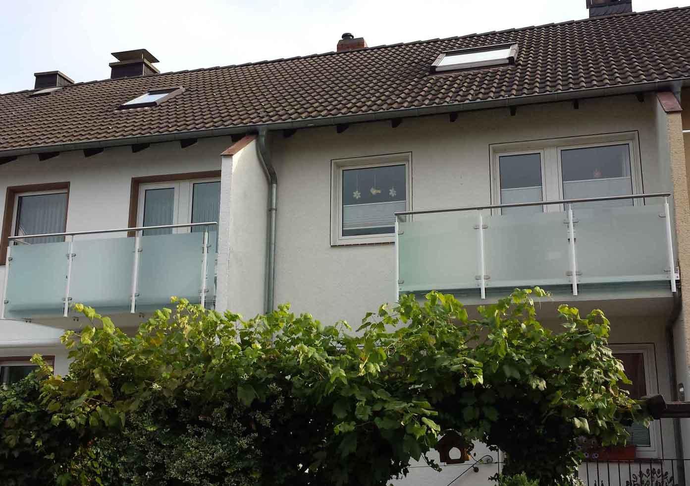 Hirsch Metallbau Balkongeländer 007 - Balkongeländer-07