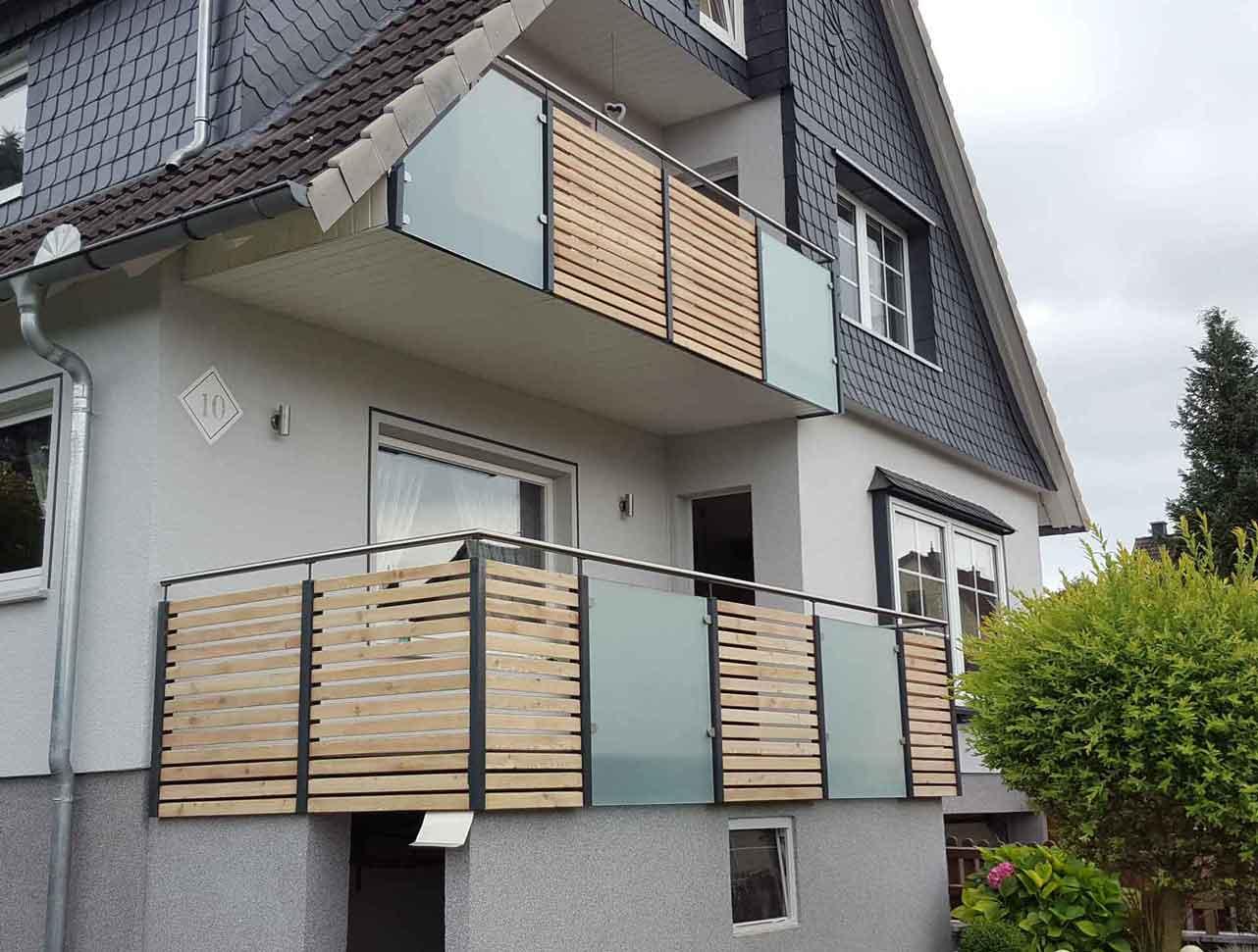 Hirsch Metallbau Balkongeländer 030 - Balkongeländer-30