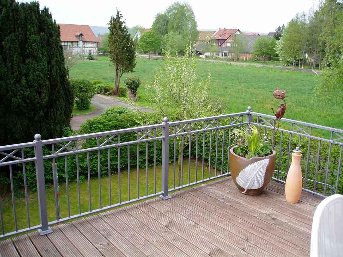 Hirsch Metallbau Balkongeländer 047 - Balkongeländer-47