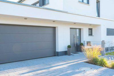 Hirsch Metallbau Garagentore 002 400x267 - GARAGENTORE