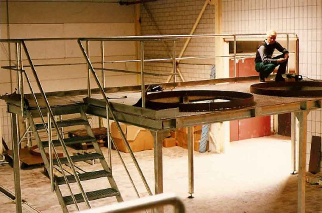 Hirsch Metallbau Industrie 008 - ALLGEMEINE TREPPEN