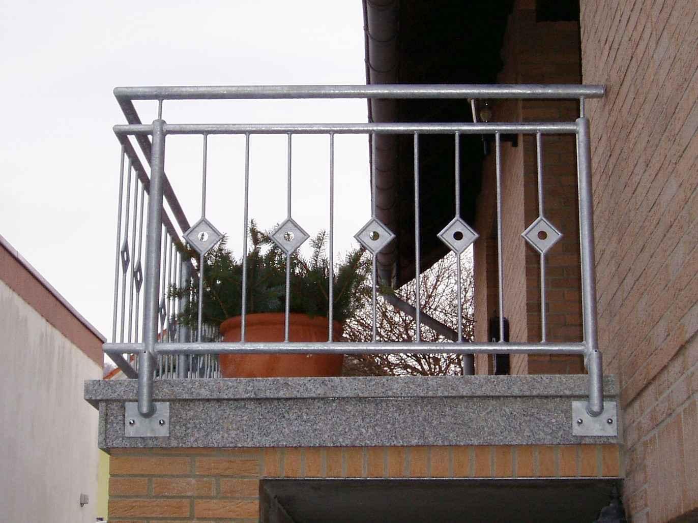Hirsch Metallbau Treppengeländer 001 - Treppengeländer-01