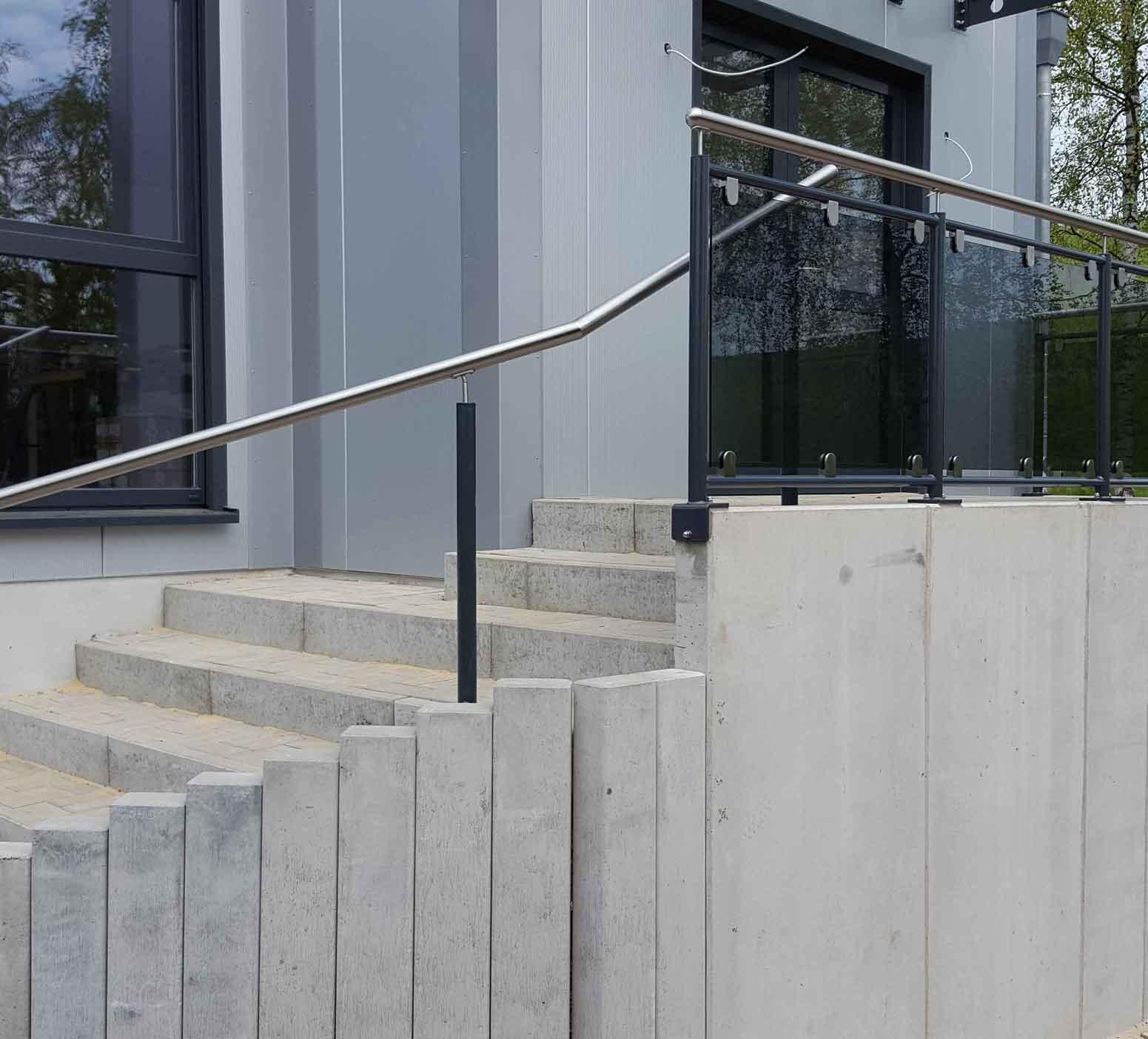 Hirsch Metallbau Treppengeländer 010 - Treppengeländer-10