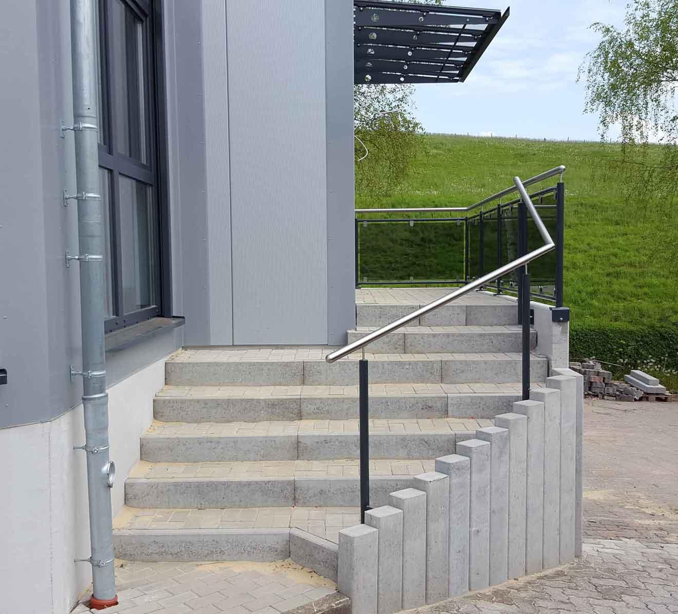 Hirsch Metallbau Treppengeländer 011 - Handläufe