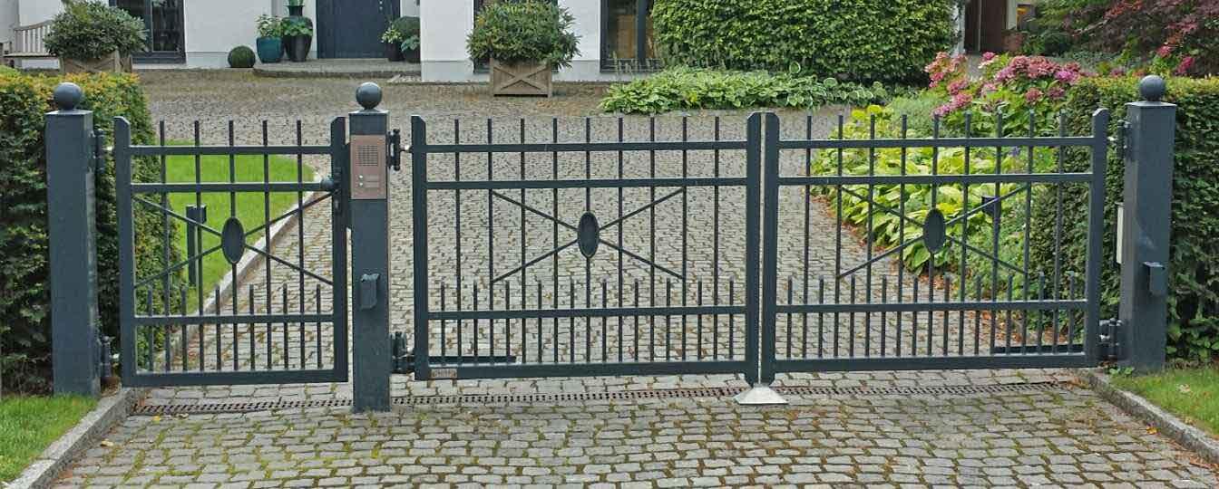 Hirsch Metallbau Zäune Tore 012 - Zäune-Tore-12