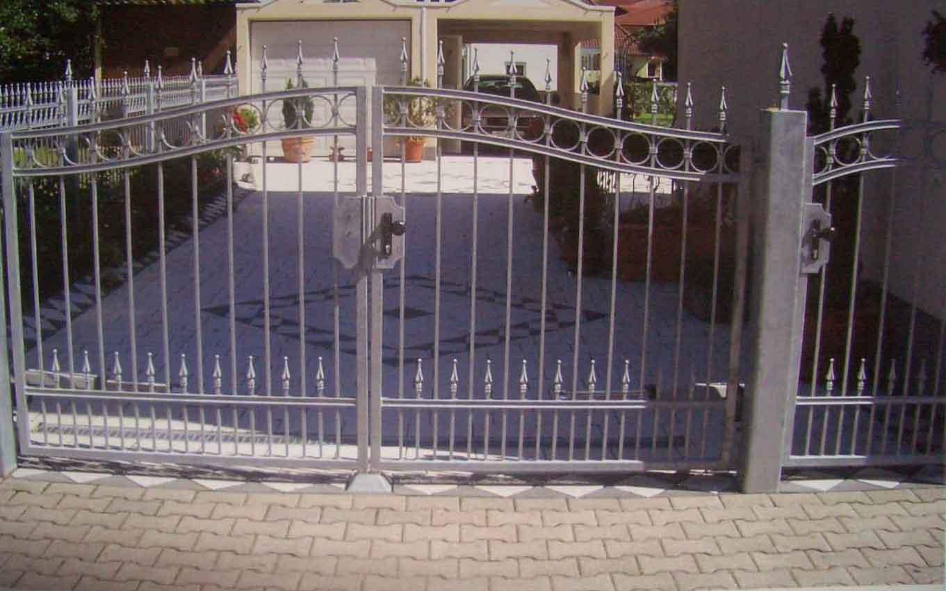 Zäune Tore 55 Hirsch Metallbau