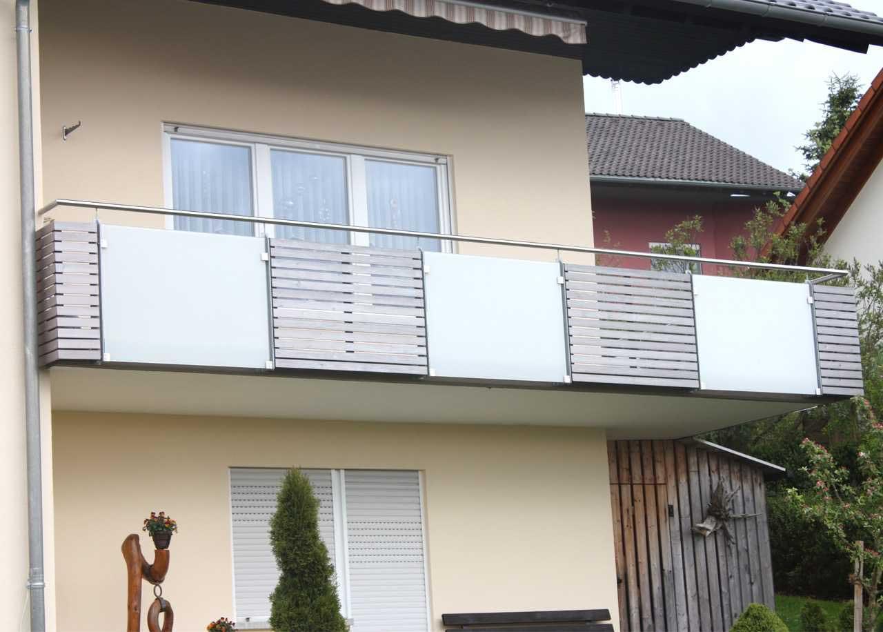 Hirsch Metallbau Balkongeländer 051 - Balkongeländer-51