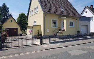 Hirsch Metallbau Zäune Tore 077 320x202 - Zäune-Tore-77