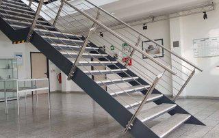 Hirsch Metallbau Treppengeländer 036 320x202 - Terrassendach-03