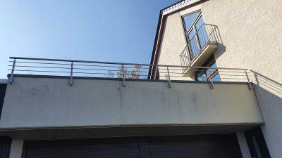 Hirsch Metallbau Balkongeländer 071 400x225 - Balkongeländer