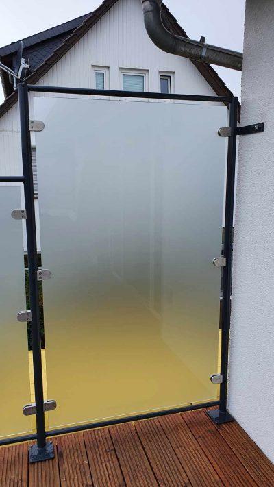 Hirsch Metallbau Balkongeländer 080 400x711 - Balkongeländer
