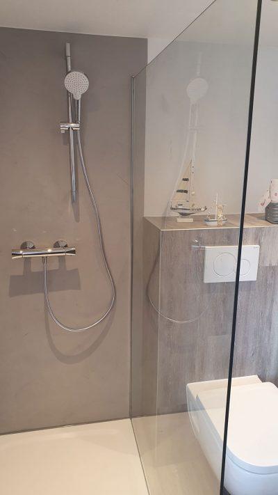 Hirsch Metallbau Glasduschwände 003 400x711 - GLASDUSCHWÄNDE