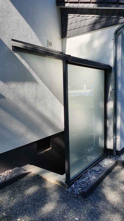 Hirsch Metallbau Kellerschachtabdeckung 003 400x711 - SONDERLÖSUNGEN
