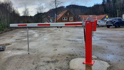 Hirsch Metallbau Schrankenanlage 003 400x225 - SCHRANKENANLAGEN
