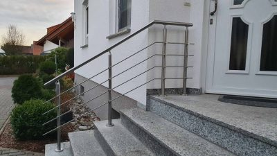 Hirsch Metallbau Treppengeländer 042 400x225 - Treppengeländer