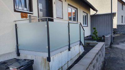 Hirsch Metallbau Treppengeländer 046 400x225 - Treppengeländer