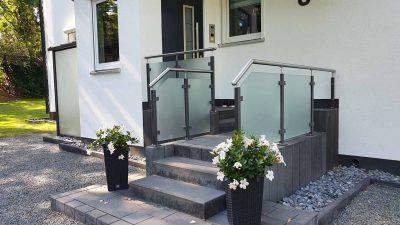 Hirsch Metallbau Treppengeländer 048 400x225 - Treppengeländer