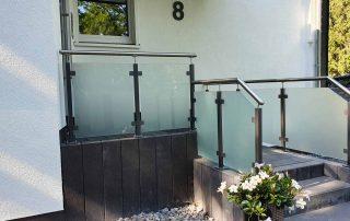Hirsch Metallbau Treppengeländer 049 320x202 - Zäune-Tore-33
